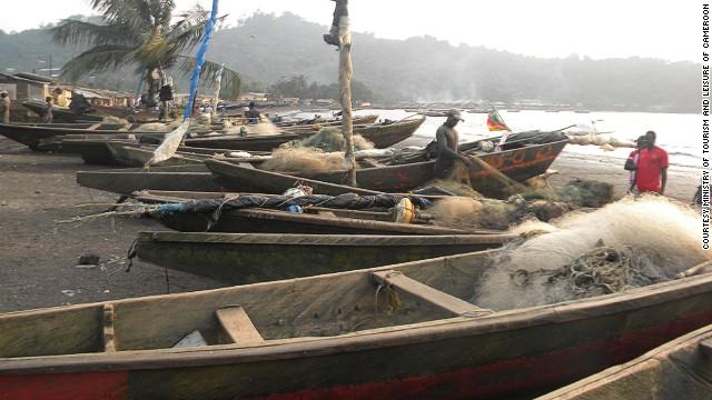 140109173126-1-local-fisherman-limbe-beach-horizontal-gallery
