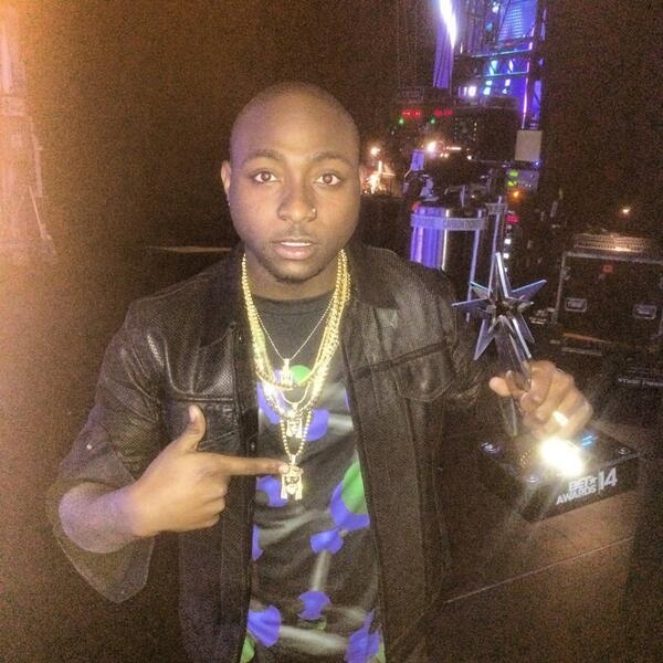 Davido-Wins-2014-BET-Award